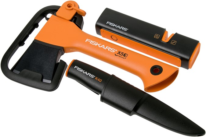 Fiskars X5 Fireplace Set 4in1 With X5 Axe K40 Knife And