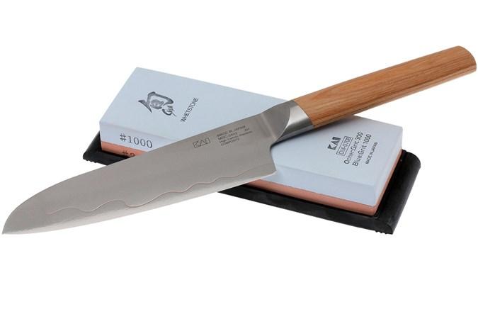 Kai Seki Magoroku Composite santoku with sharpening stone MGC-W15