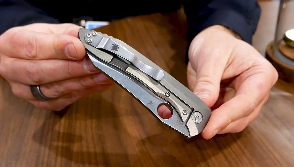 The newest 2019 Spyderco pocket knives