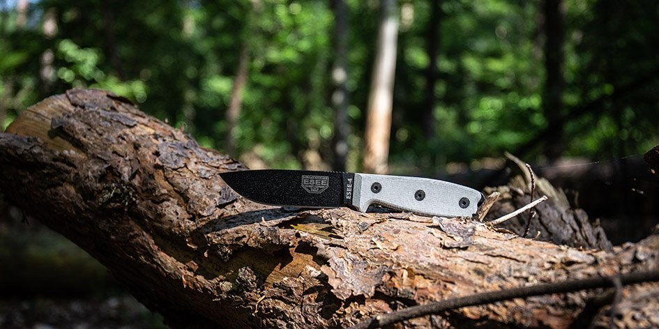 Choosing the best bushcraft knife  We will tell you how!