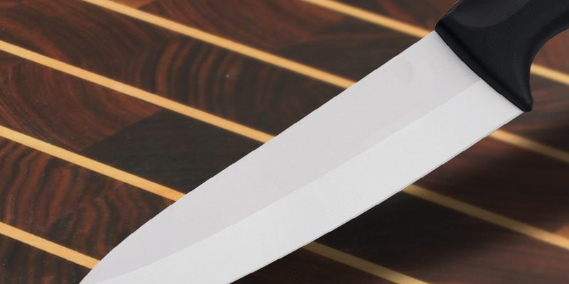 Ceramic knives - Why we don\'t sell them | Knivesandtools